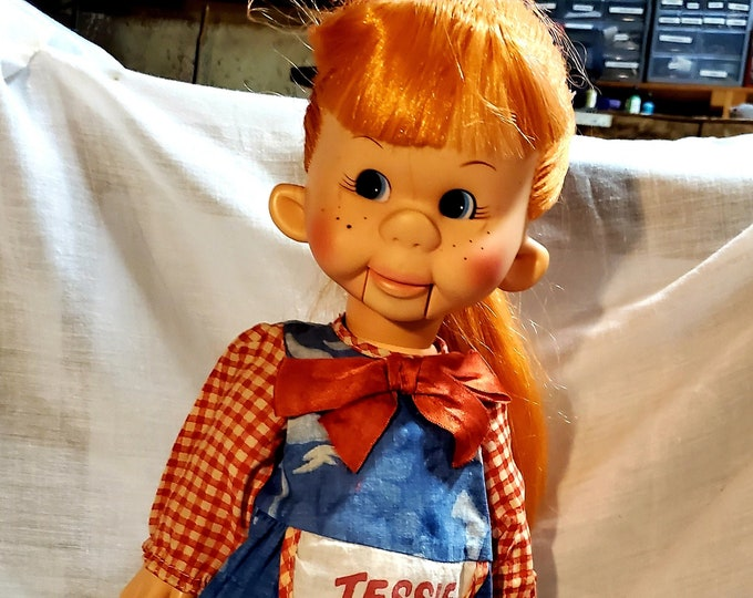 Vintage Tessie Talk Doll 1974 Vantriloquist doll