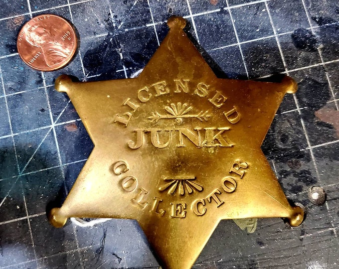 Licensed junk collector pin brooch sherriff badge