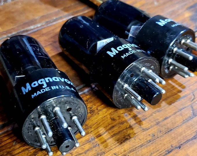 Lot of 3 vintage magnavox electric tubes from vintage stereo