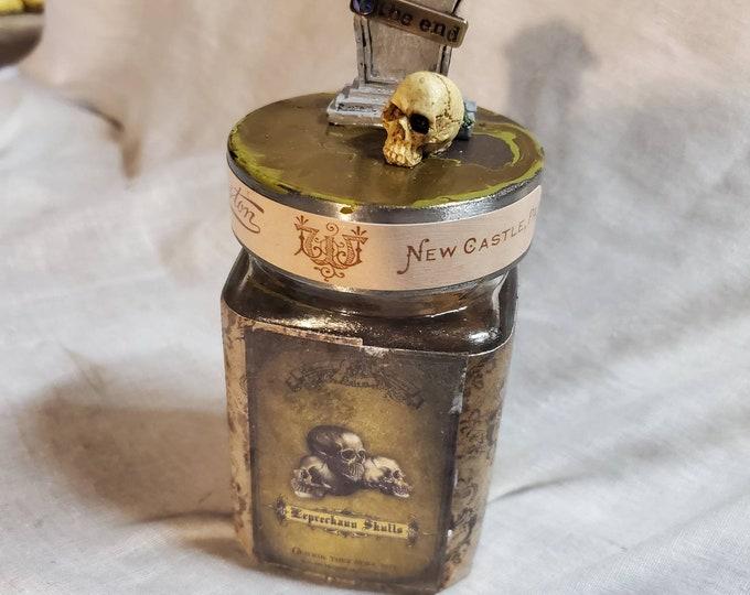 Leprechaun skulls glass apothecary jar
