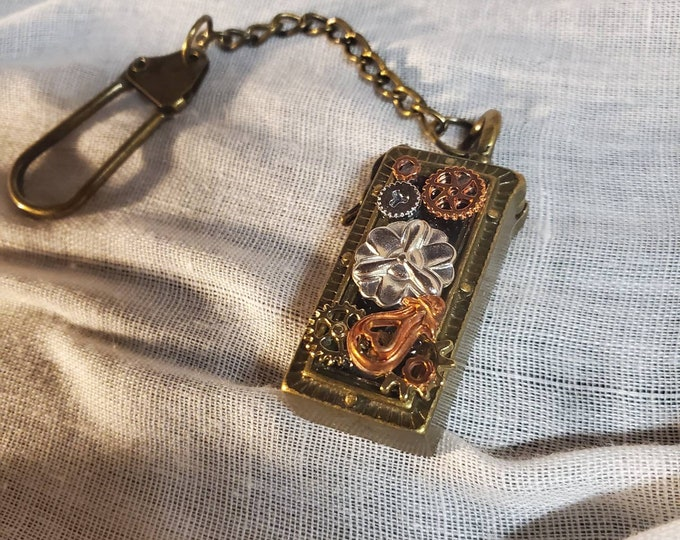Steampunk secret compartment keychain