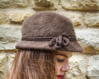 Brown 1920s vintage winter hat