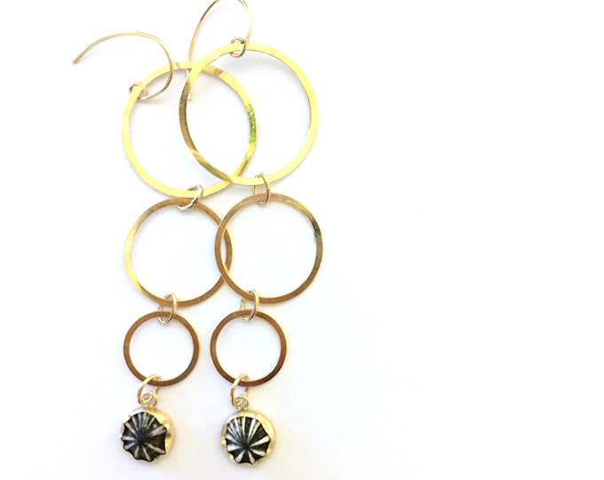 SALE OPIHI CIRCLE Earrings