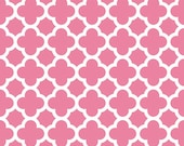 CLEARANCE: Pink and White Quatrefoil by Riley Blake Designs
