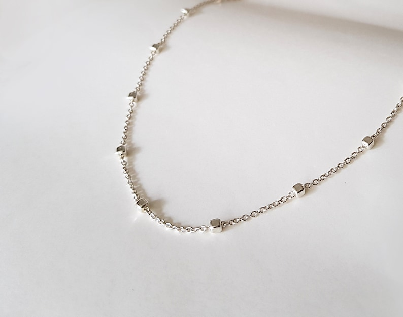 Simple layering necklace Layering Necklace Dainty satellite necklace Satellite choker bridesmaid gifts Delicate Beaded Satellite Chain