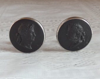 77fc3bf78e48 Vintage Sterling Silver Wedgwood Roman Emperor Cuff links