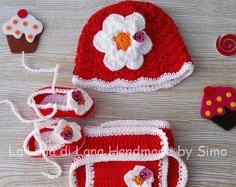 Copripannolino baby girl with hat and shoes cotton crochet, beach holidays, cruising and very special photographs