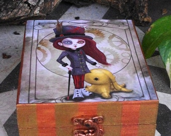 "Steampunk box. Hand painted and decorated wooden box. Own illustration ""Mechanic pet"""