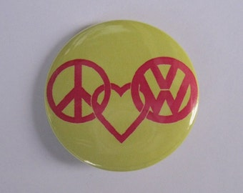"""Peace Love and VW Volkswagens - 1.25"""" or 1.5"""" - Pinback button - magnet - keychain"""