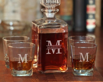 Whiskey Decanter and Rocks Glasses Set | Personalized Liquor Decanter Set | Engraved Whiskey Glasses | Personalized Gifts for Men Groomsmen