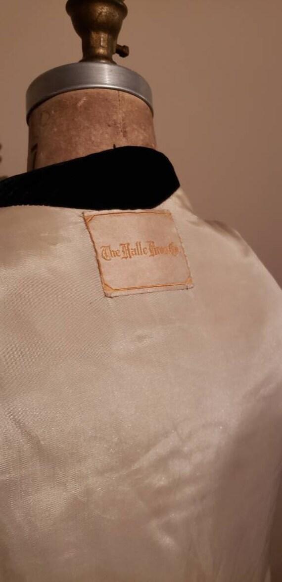 Elegant 1940s Opera Coat - image 4