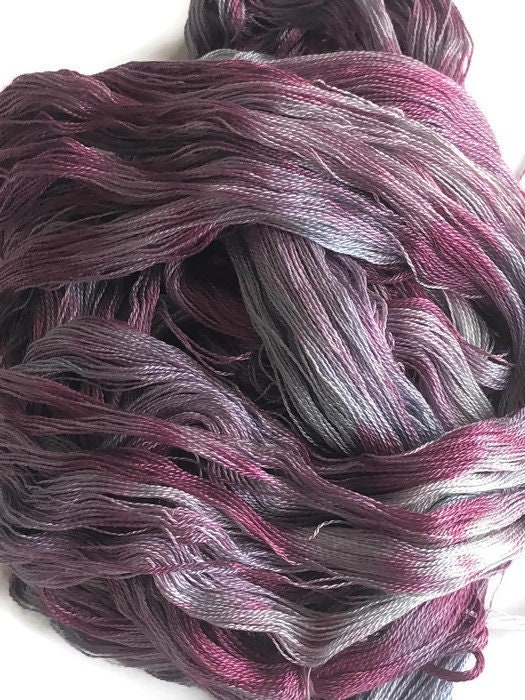 Hand-dyed red purple 300 ends 4 yards long in shades of  light blue pre-wound weaving warp 82 tencel and lavender