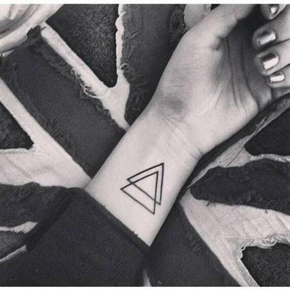 Tatoeages Tijdelijke Dubbele Driehoek