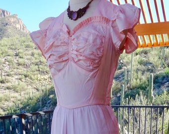 1930s DRESS in Soft Pink/ ROMANTIC VINTAGE 30s Gown/ 30s Sweetheart Neckline Dress/ Maxi Vintage Gown, 1940s Ruched Dress/ 40s Vintage Gown