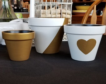 """Hand Painted Gold and White Flower Pots, 5"""", 4"""" & 3"""""""
