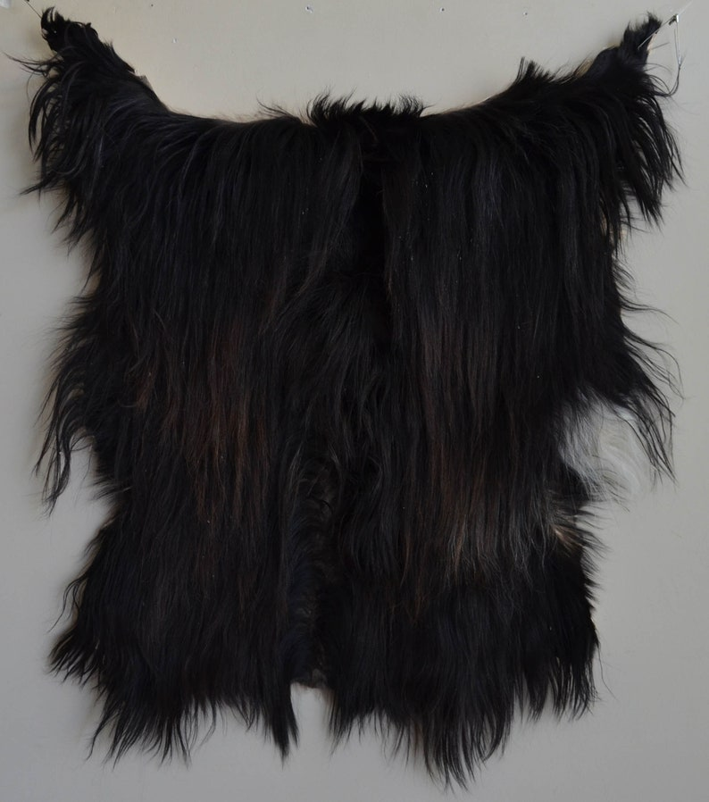 Spanish Chaps 26 x 38 Goat Skin Fur Pelt Making Wooly Cowboy Chaps Hair Length 4/'/' to 14/'/' NO DYES Doll Hair Fake Beard BLACK