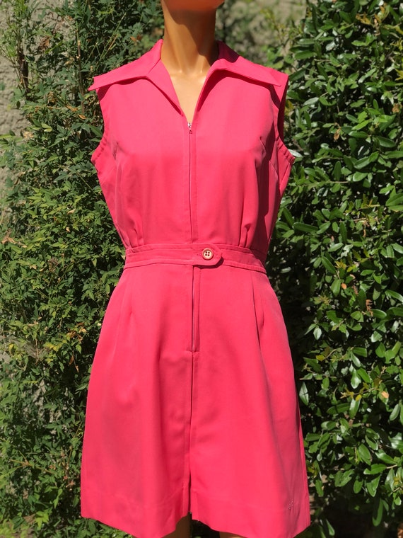 Vintage 1970s Head Brand Tennis Dress. Bright Coral Color w Pleated Front and Back Button Waistband Unusual Hard to find larger Size