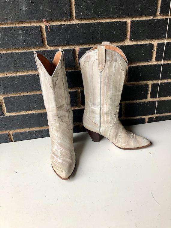 vintage 80s oyster color eelskin women cowboy boot
