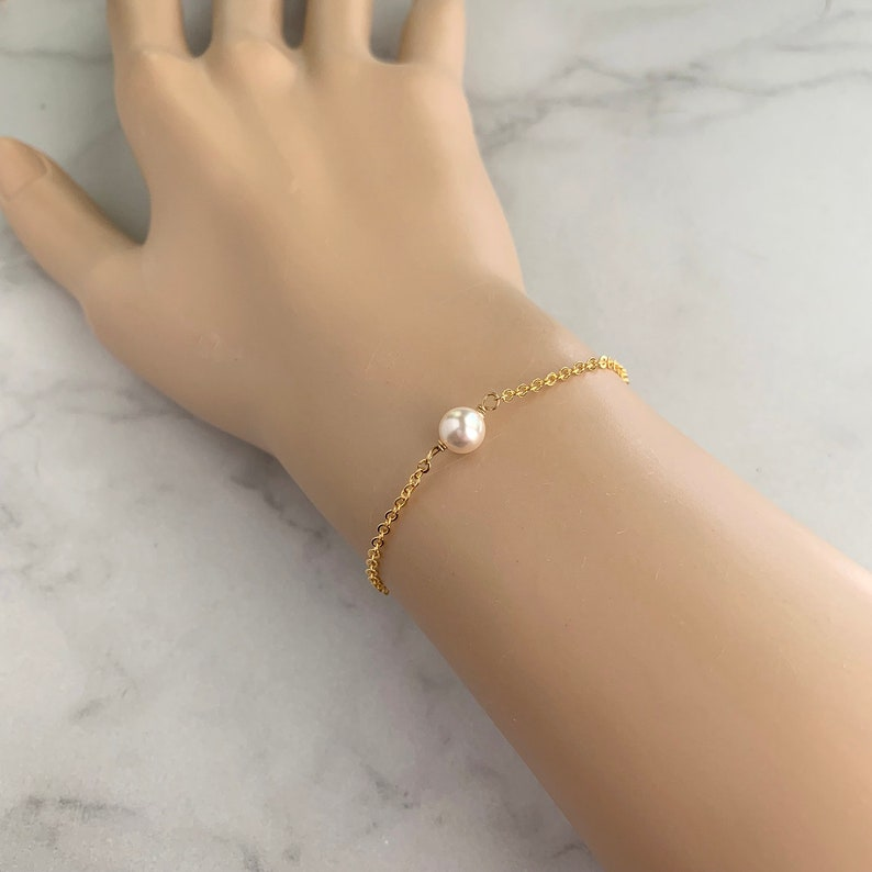 Floating pearl bracelet  simple pearl bracelet  bridesmaid image 0