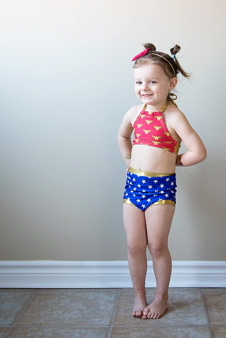d3d006ff5b5347 Meisjes badpak retro bikini twee stuk badpak Wonder Woman   Etsy