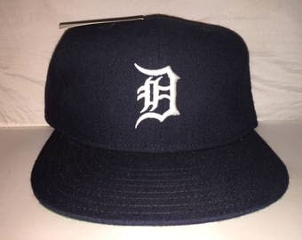 a305d0f55d0 Vintage Detroit Tigers Athletics New Era Fitted hat cap size 7 3 4 nwot MLB  pro diamond collection 90s doughboy ice cube boyz n the hood
