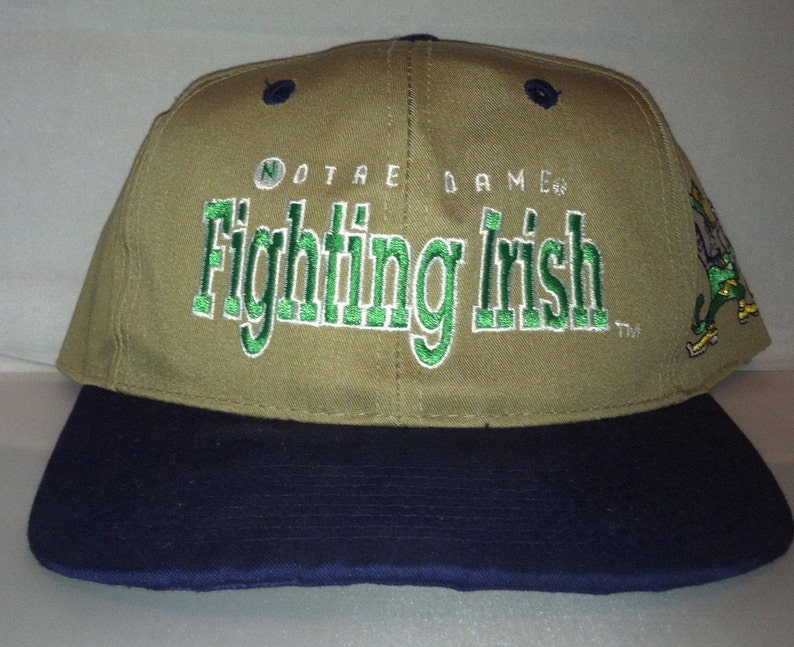 94d8031fe5ac6 Vintage Notre Dame Fighting Irish Snapback hat cap rare 90s
