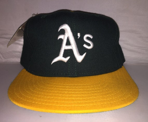 Vintage Oakland A s Athletics New Era Fitted hat cap size  f5b9b41023e