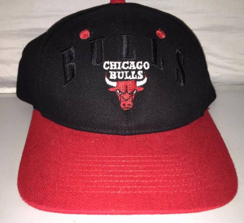 c8b89b384cf Vintage Chicago Bulls Snapback hat cap rare 90s NBA jordan