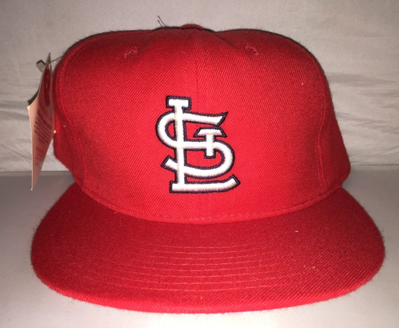 finest selection e6342 6ba73 Vintage St. Louis Cardinals New Era Fitted hat cap size 7 5 8   Etsy
