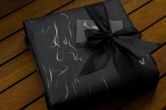Papier cadeau washi noir et or