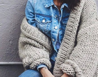 Hand knitted cardigan. Chunky oversized.  XS-S-M-L-XL. Wool / Acrylic. Fall/winter/spring Made-to-order