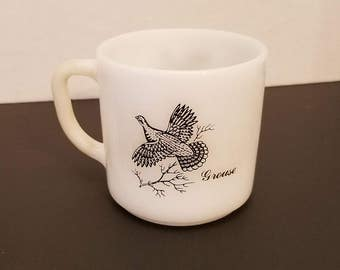 Vintage federal milk glass grouse/pheasant coffee cup mug VC7