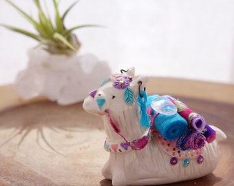 Boho ceramic alpaca figurine, llama figurine, alpaca totem, handmade ceramic, boho art, spirit animal, ceramic figurine