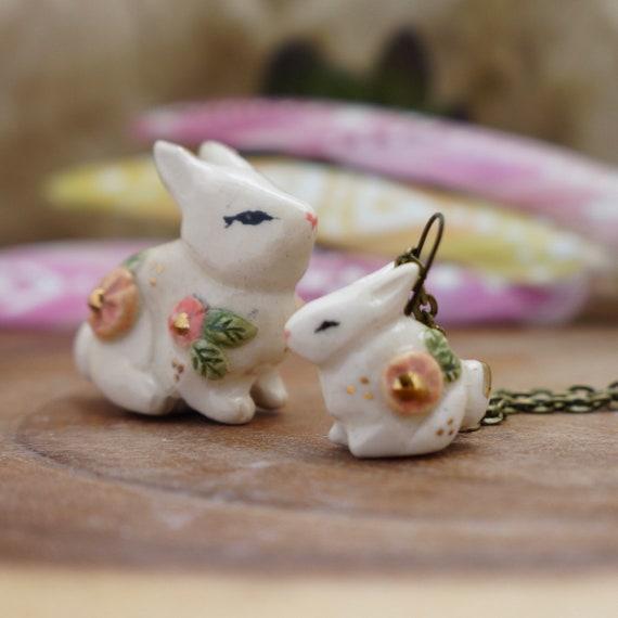 Ceramic spring flower bunny Necklace Totem Jewelry, rabbit Figurine, ceramic animal jewelry, spirit animal, woodland animal jewelry