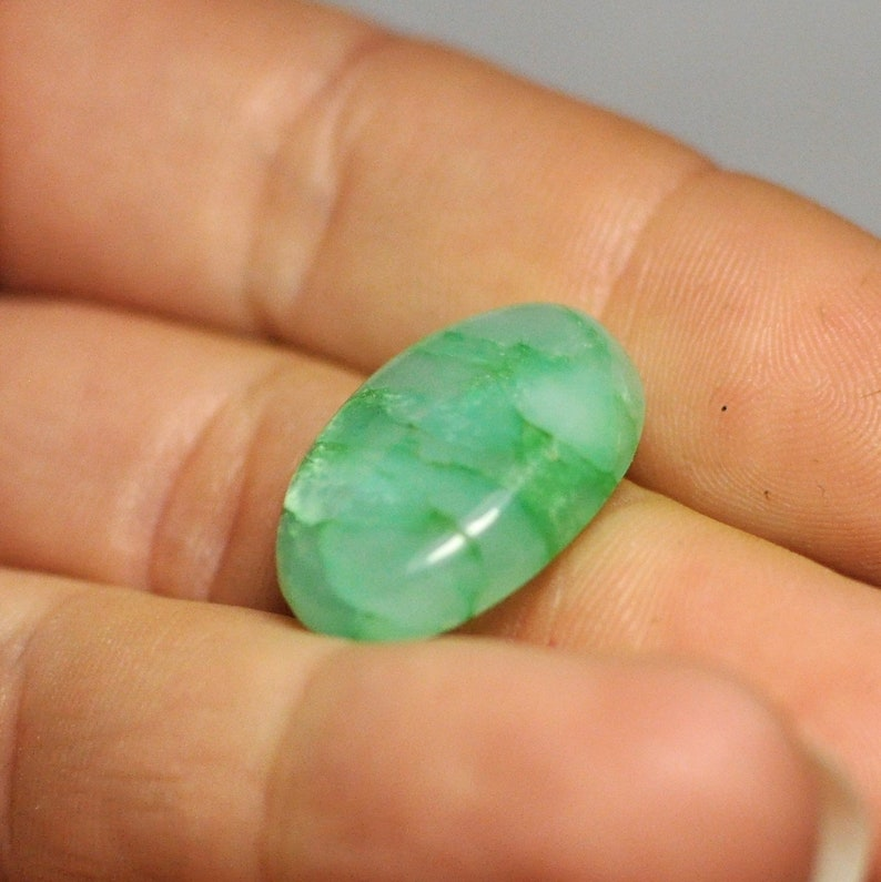 23x15x5.5 mm 15.00 Cts Natural Chrysoprase Cabochon Gemstone Oval shape Light Green Color Ring size