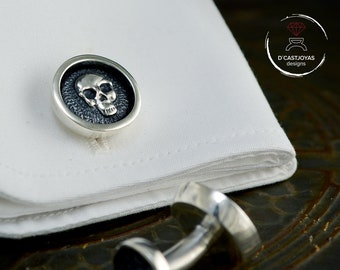 Silver skull cufflinks with hammered textures, ,  Men's Silver Cufflinks,  Cool groomsman gift, Biker jewelry, Memento mori