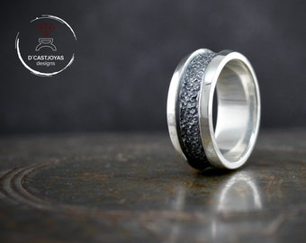 Sterling silver rustic band ring with hammered textures, Wedding ring man, Urban style ring