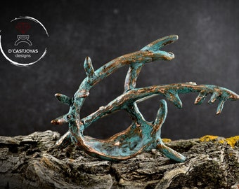 Artistic tree branch brooch handmade in bronze with bark textures, Contemporary jewelry
