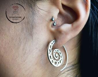 Spiral silver hoop earrings, Large Spiral shape hoops, Coral bone earrings, Handcrafted earrings, Boho style, Unisex jewelry,