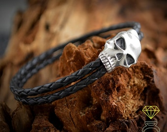 Sterling silver skull bracelet and braided leather, Skull  jewelry, Biker jewellery, Urban style bracelet