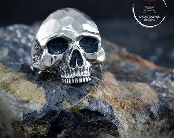 Sterling Silver Skull ring Keith Richards  inspired
