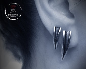 Silver long tusk earrings, Fang earrings, Silver claw earring, Punk Earrings