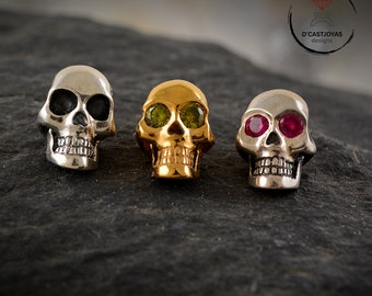 Supplement set natural stones in big skull pendant, Birthstone