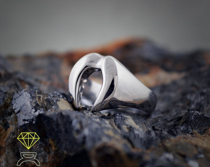 Silver fangs ring, Vampire fangs ring, Valentine's day gift, Contemporary jewelry, Minimal style, Handmade