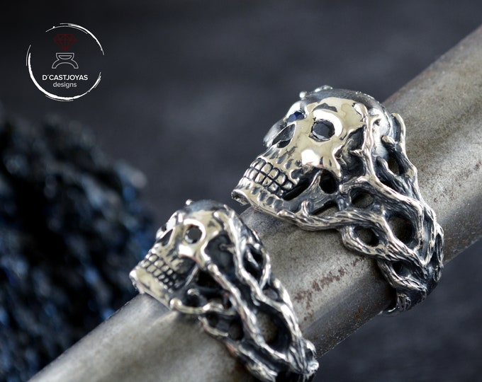 Featured listing image: Custom order  silver skull wedding rings set, Matching couple rings