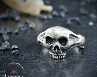 Sterling Skull Ring with oxidised textures, Memento More ring , Handmade ring, Skulls jewelry