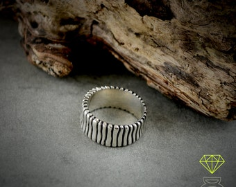 Sterling silver band ring, Alliance for men, Cool mens ring, Oxidised silver ring, Handmade ring, Mens silver ring, Contemporary jewelry