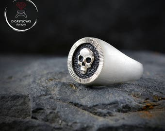 Solid Sterling silver signet skull ring, Memento Mori, Mens skull ring, Badass jewelry, Biker ring, Handcrafted ring,