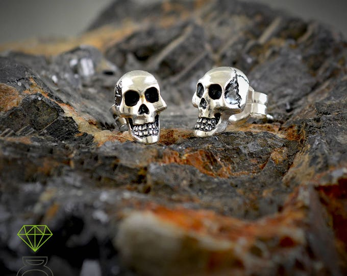 Father's Day gift, Sterling silver small skull , Men earrings, Small silver earring,  Memento morí, Gothic jewelry, Handmade earring