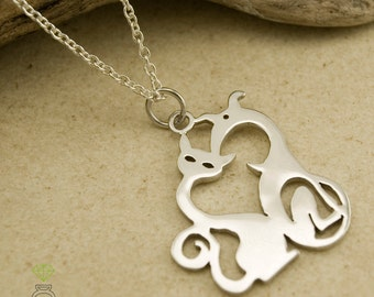 Título en Inglés  Opcional  140 Sterling Silver Cat and Dog Pendant Silver Pendant for her Hand Made